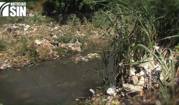 Río de contaminación arropa cuatro comunidades